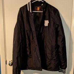 Undefeated jacket XL